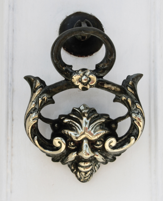 aimg_0844-door-knocker